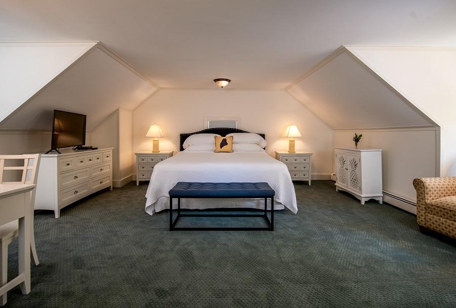 York Harbor Inn: York Harbor, Maine Hotel, Inn and Bed and Breakfast