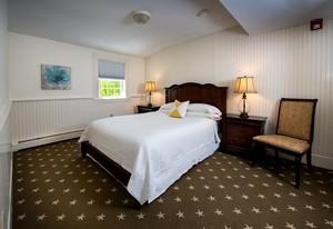 Suites & Family Rooms - York Harbor Inn: York Harbor, Maine Hotel ...