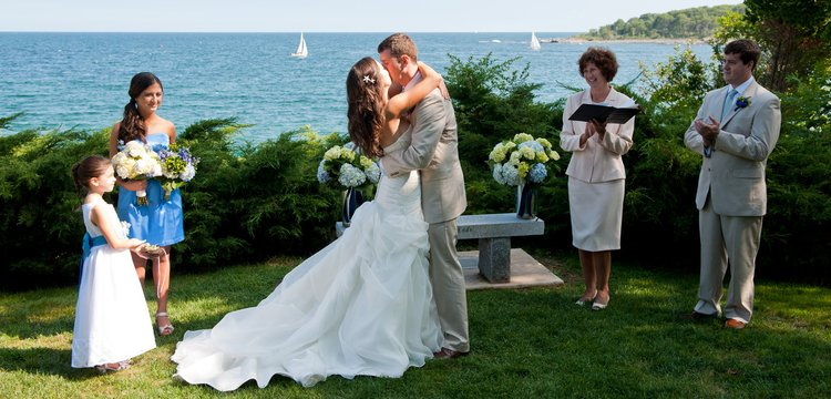Key image for: Oceanside Ceremonies